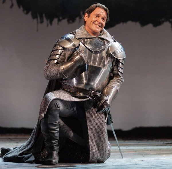 Nathan Gunn in Camelot